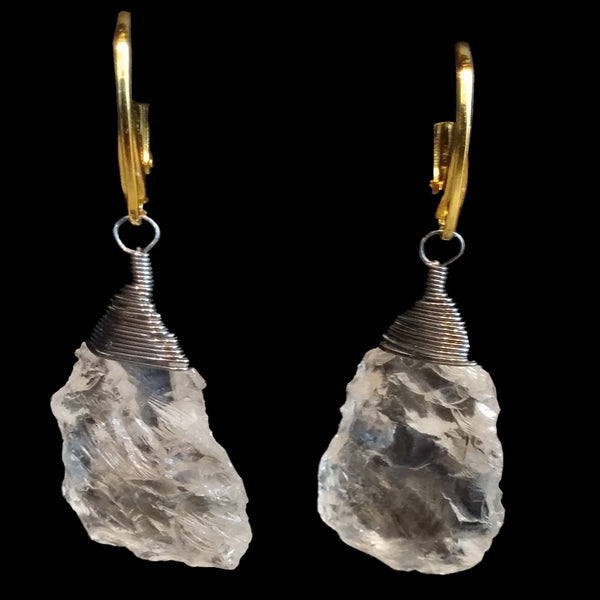 Beehive wrapped rough cut quartz drop