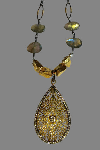 Vermeil Tear Drop with White Topaz