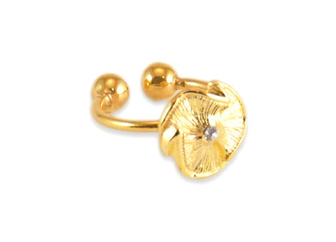 Madame Reve Flower Ring