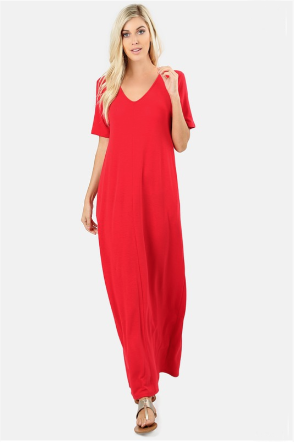 White Plum Maxi Dresses Essential V-Neck Pocket Maxi Dress - in Ruby