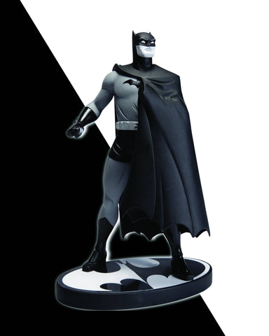 Batman: Black and White Statue – Batman by Darwyn Cooke