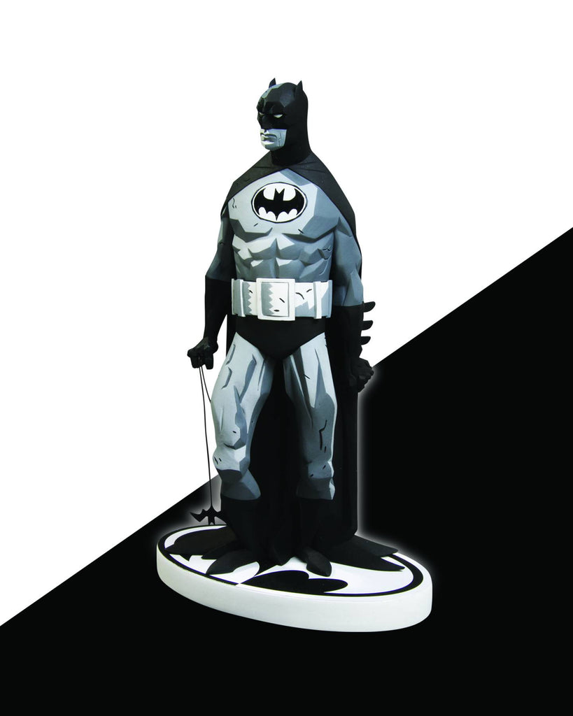 Batman: Black and White Statue – Batman by Mike Mignola (Variant 2nd Edition)