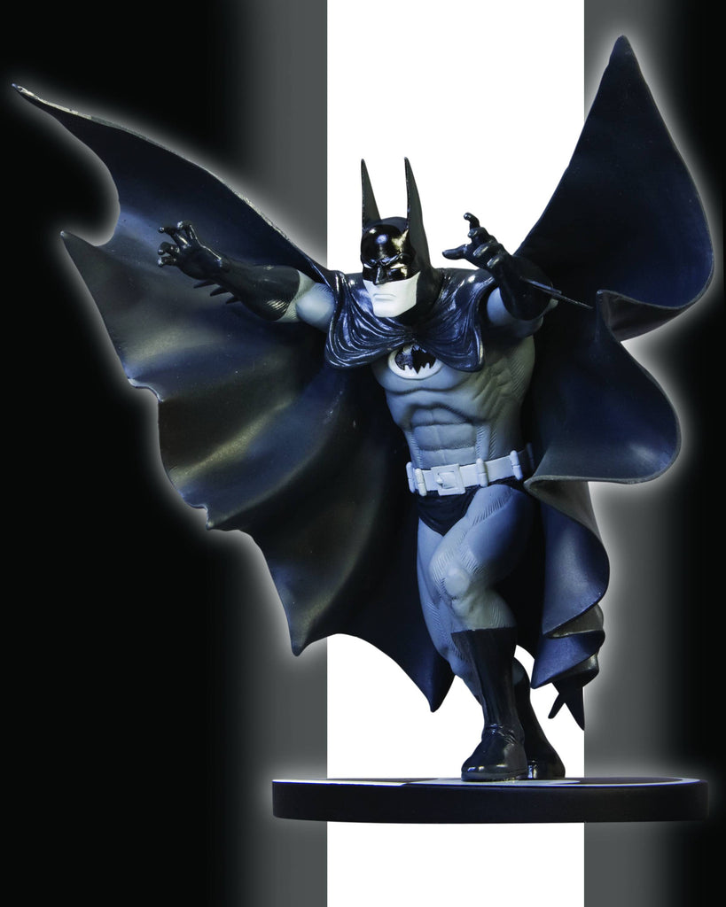 Batman: Black and White Statue – Batman by Marshall Rogers