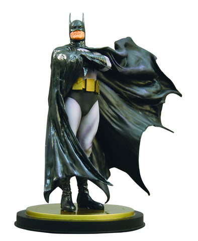 Batman Full-Size Statue (Dark Crusader Version)