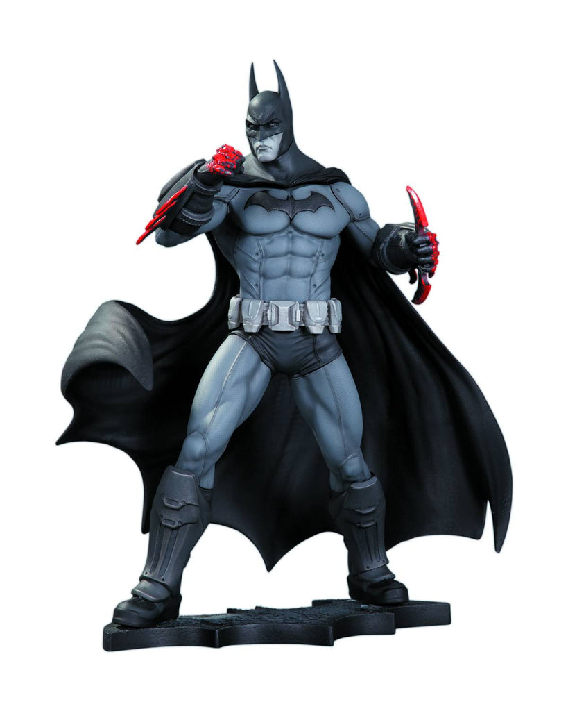 Batman: Arkham City – Batman Full-Size Statue