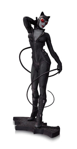 Batman: Arkham City – Catwoman Full-Size Statue