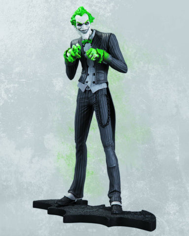 Batman: Arkham City – Joker Full-Size Statue