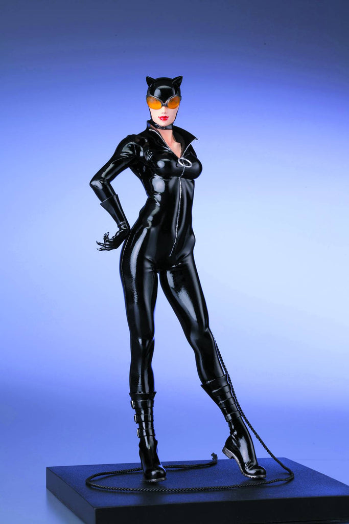 DC Comics: The New 52 – Catwoman – ARTFX+ Statue