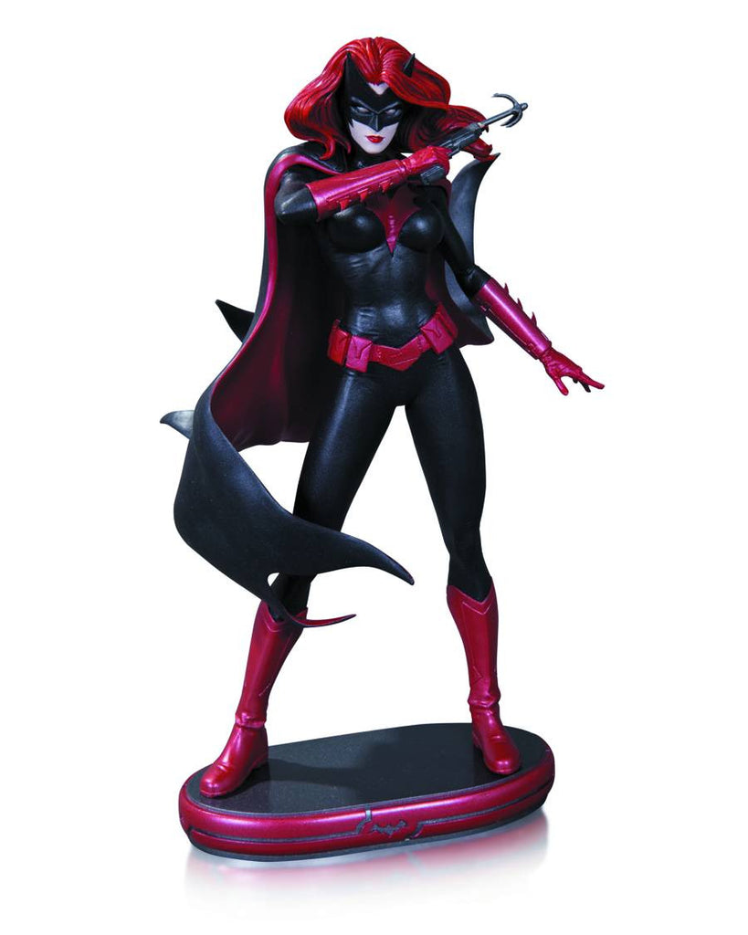 DC Comics Cover Girls – Batwoman Full-Size Statue