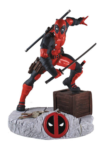 "Finders Keypers Statue – Deadpool (Film) – Deadpool 10"" Vinyl Figure and Keychain"