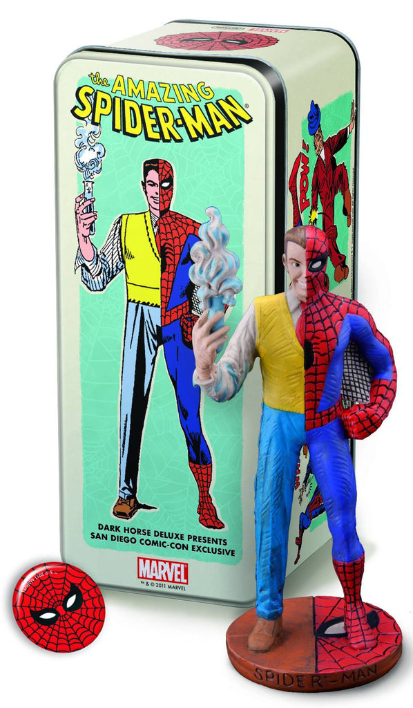 Dark Horse:  Classic Marvel Characters – Spider-Man (1/2 Peter Parker, 1/2 Spider-Man) Mini-Statue (SDCC 2011 Exclusive)