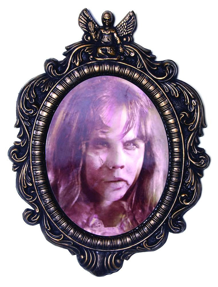 Exorcist (Film) – Regan Changing Face Lenticular Hanging Sign