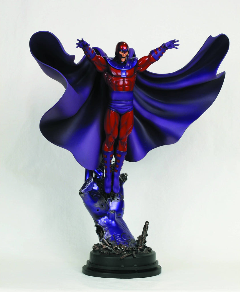 X-Men:  Magneto Full-Size Statue (Action Version)