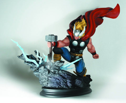 Avengers: Thor Full-Size Statue (Smashing Hammer Strike Down Version)