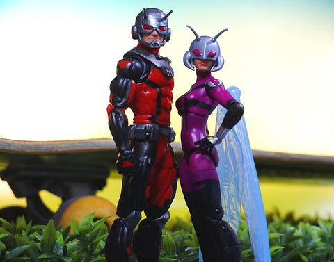 "Marvel Legends Ant-Man – Exclusive Series – Ant-Man & Stinger 6"" Figure 2-Pack Set (Toys R Us Exclusive)"