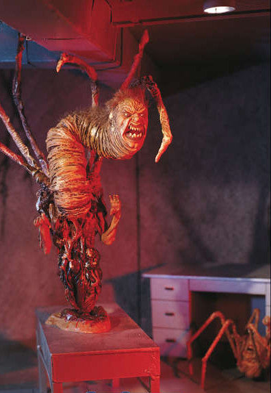 "McFarlane Movie Maniacs – Series 3 – ""The Thing"" Norris 6"" Creature Figure & Spider-Head 2.5"" Figure"