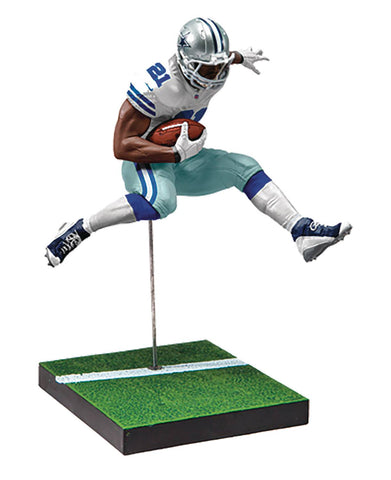 "NFL – Madden 18 Ultimate Team  – Series 2 – Dallas Cowboys: Ezekiel Elliott 7"" Figure"