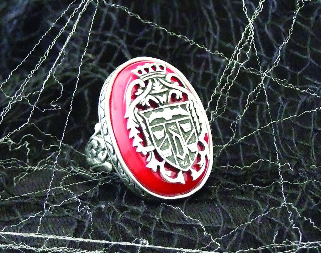 Ring of Dracula Elite Edition Prop Replica