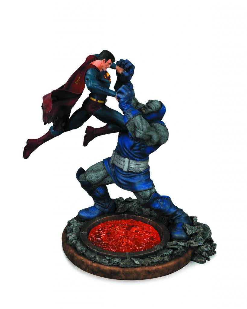 Superman vs. Darkseid Statue (Variant 2nd Edition Version)