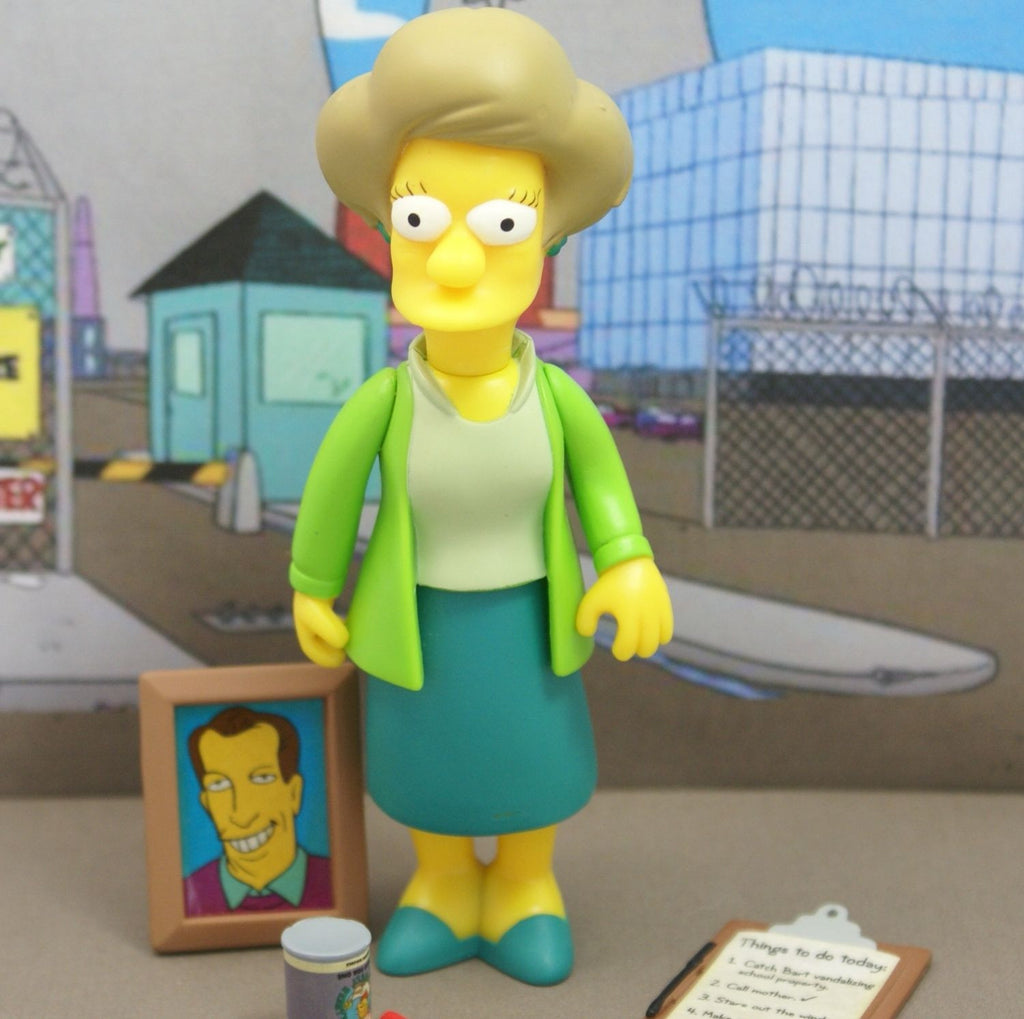 "Simpsons (TV) – World of Springfield – Wave 7 – Edna Krabappel Interactive 5"" Figure"