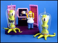 "Simpsons (TV) – World of Springfield – Toys R Us Exclusive – Treehouse of Horror Alien Spaceship Environment Playset with Homer, Kang and Kodos Interactive 5"" Figures"