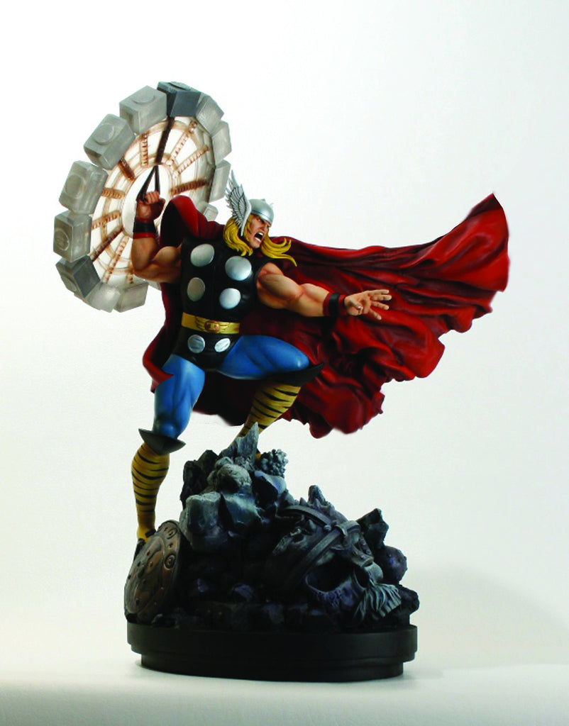 Avengers: Thor Full-Size Statue (Variant Classic Action Version)