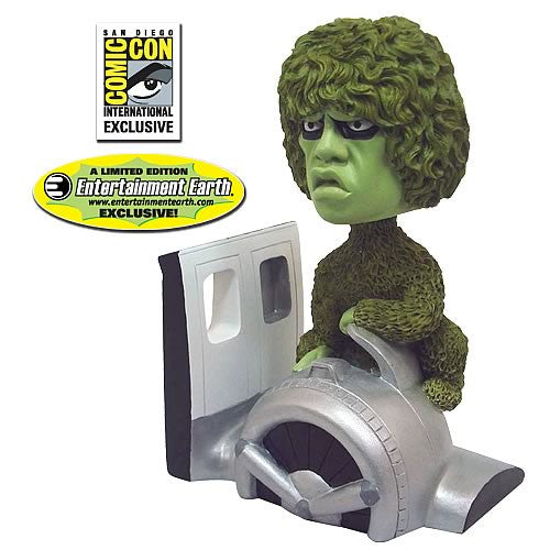 Twilight Zone (TV) – Gremlin (Variant Color Version) Bobble-Head (SDCC 2010 Exclusive)