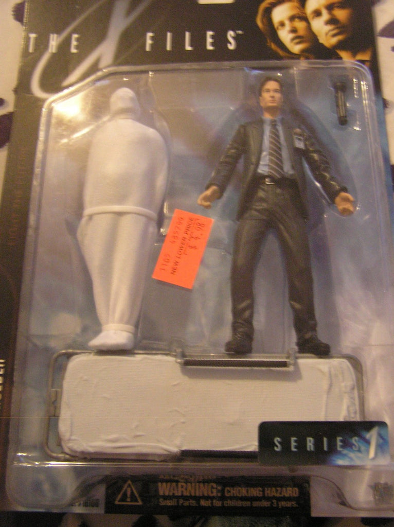 "X-Files: Fight the Future (Film) – Series 1 – Agent Fox Mulder 6"" Figure with Wrapped Body"