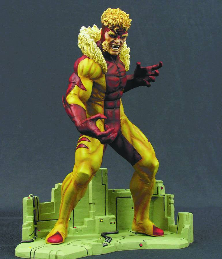 X-Men Modern Age:  Sabretooth Medium-Size Statue