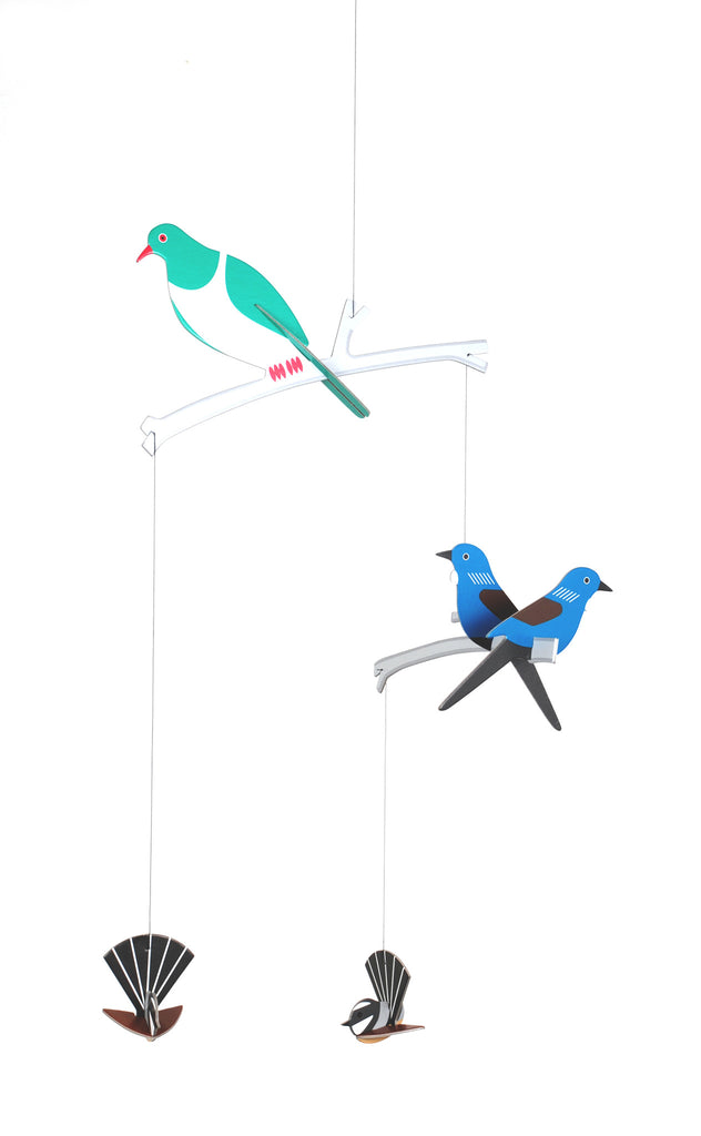 Tweet : Hanging Mobile