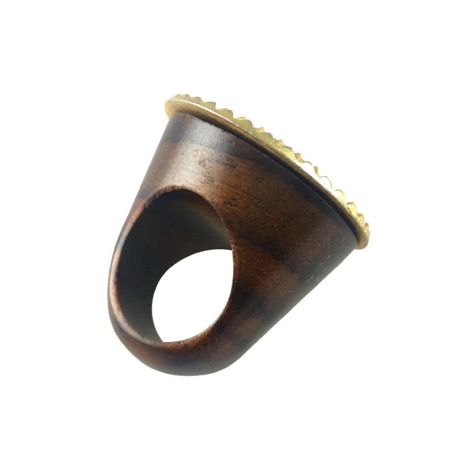 MizDragonfly jewelry vintage gold crest wood ring back