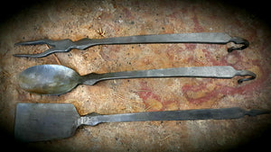 Colonial Style Cooking Utensil Set