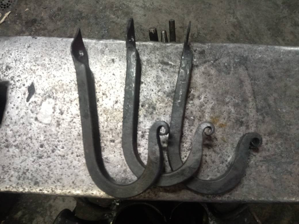Forged Spade Hook Square