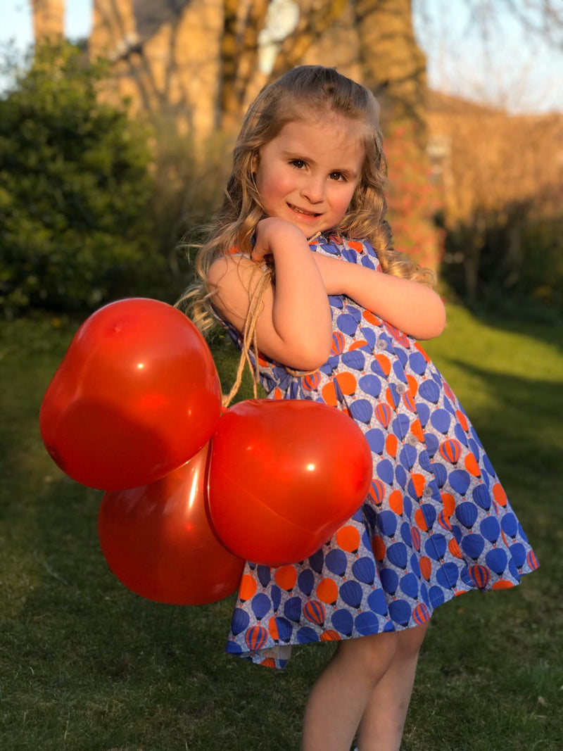 Alya: Balloon dress