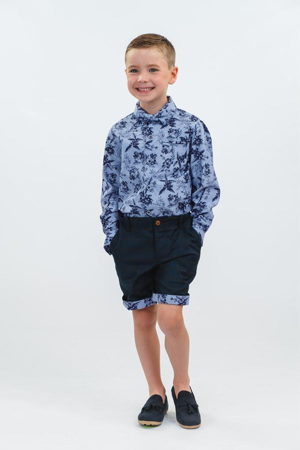 William: Navy check shorts