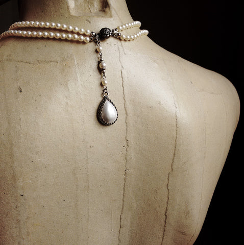 Back Drop pearl Necklace