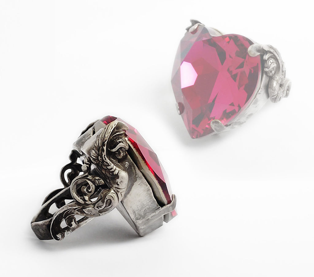 Valkyries Heart Ring - Aranwen's Jewelry  - 1