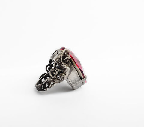 Valkyries Heart Ring - Aranwen's Jewelry  - 2