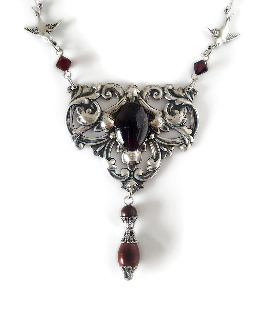 Victorian Necklace with red Garnet