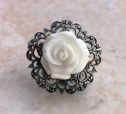 White Rose Ring with Adjustable Silver Filigree Band - Aranwen's Jewelry  - 2