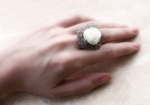 White Rose Ring with Adjustable Silver Filigree Band - Aranwen's Jewelry  - 3