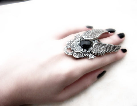 Gothic Angel Wings Ring with Black Onyx - Aranwen's Jewelry  - 4