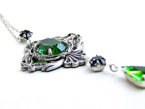 Green Gothic Necklace with Swarovski Crystal Rhinestones - Aranwen's Jewelry  - 3