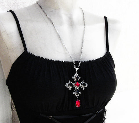 Gothic Cross Pendant with Red and Black Swarovski - Aranwen's Jewelry  - 3
