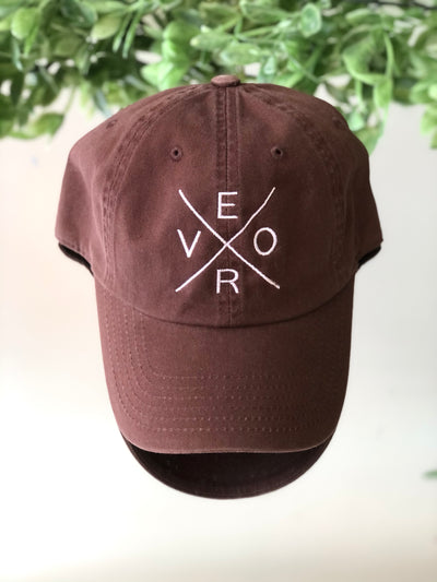 Vero Hat - Brown & White