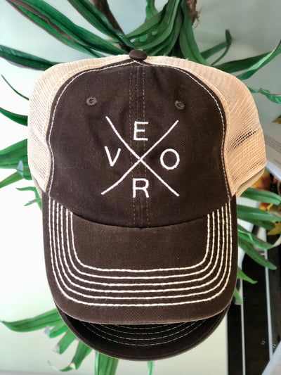Vero Trucker Hat - Brown & White
