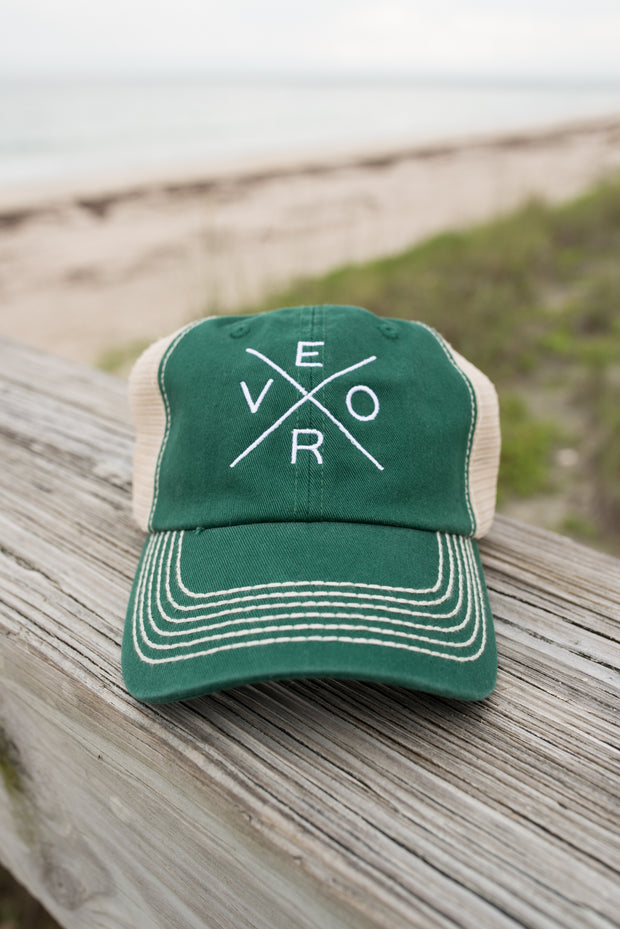 Vero Trucker Hat - Green & White