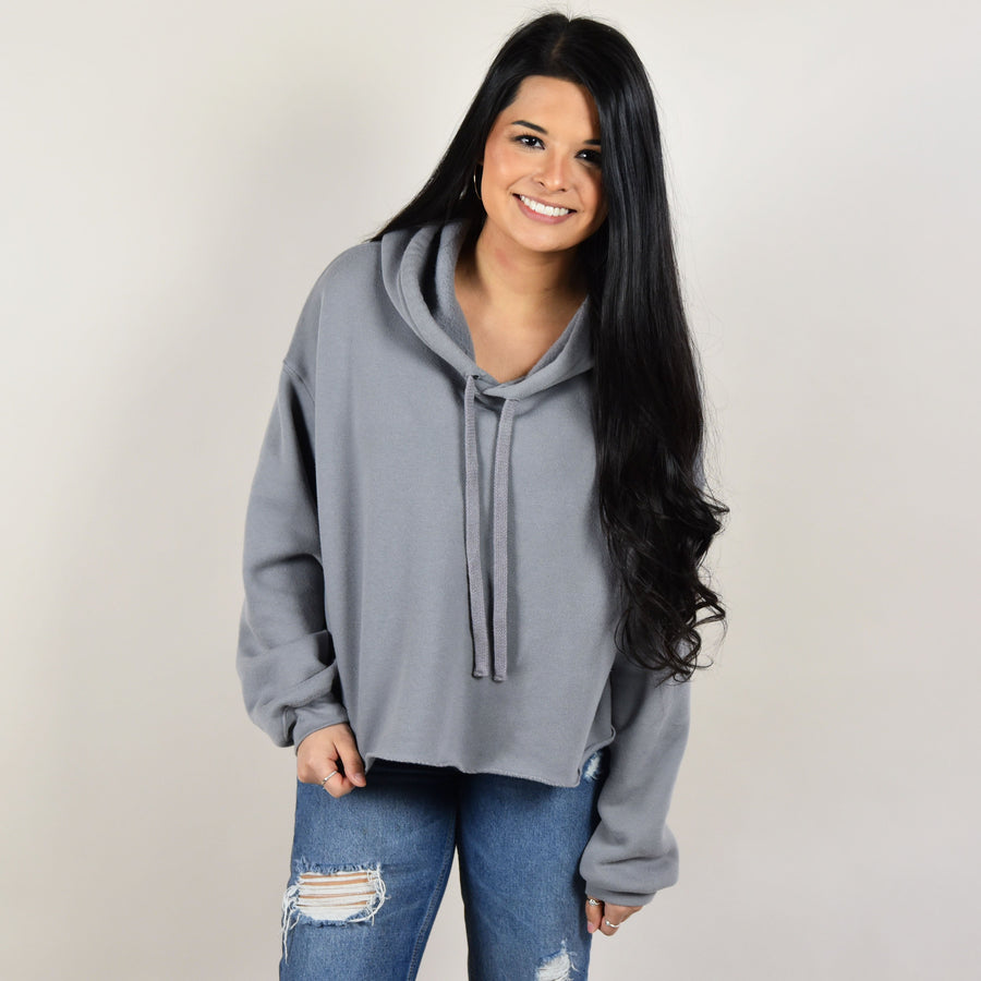 Model wearing Bella Canvas 7502 Women's Cropped Fleece Hoodie