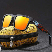 Load image into Gallery viewer, Timeless Omnisex Polarized Steampunk Goggles with Skull Peanut Case-vibes.berlin-vibes.berlin