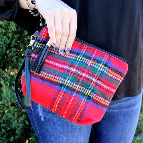 Festive Pouch Wristlet Red
